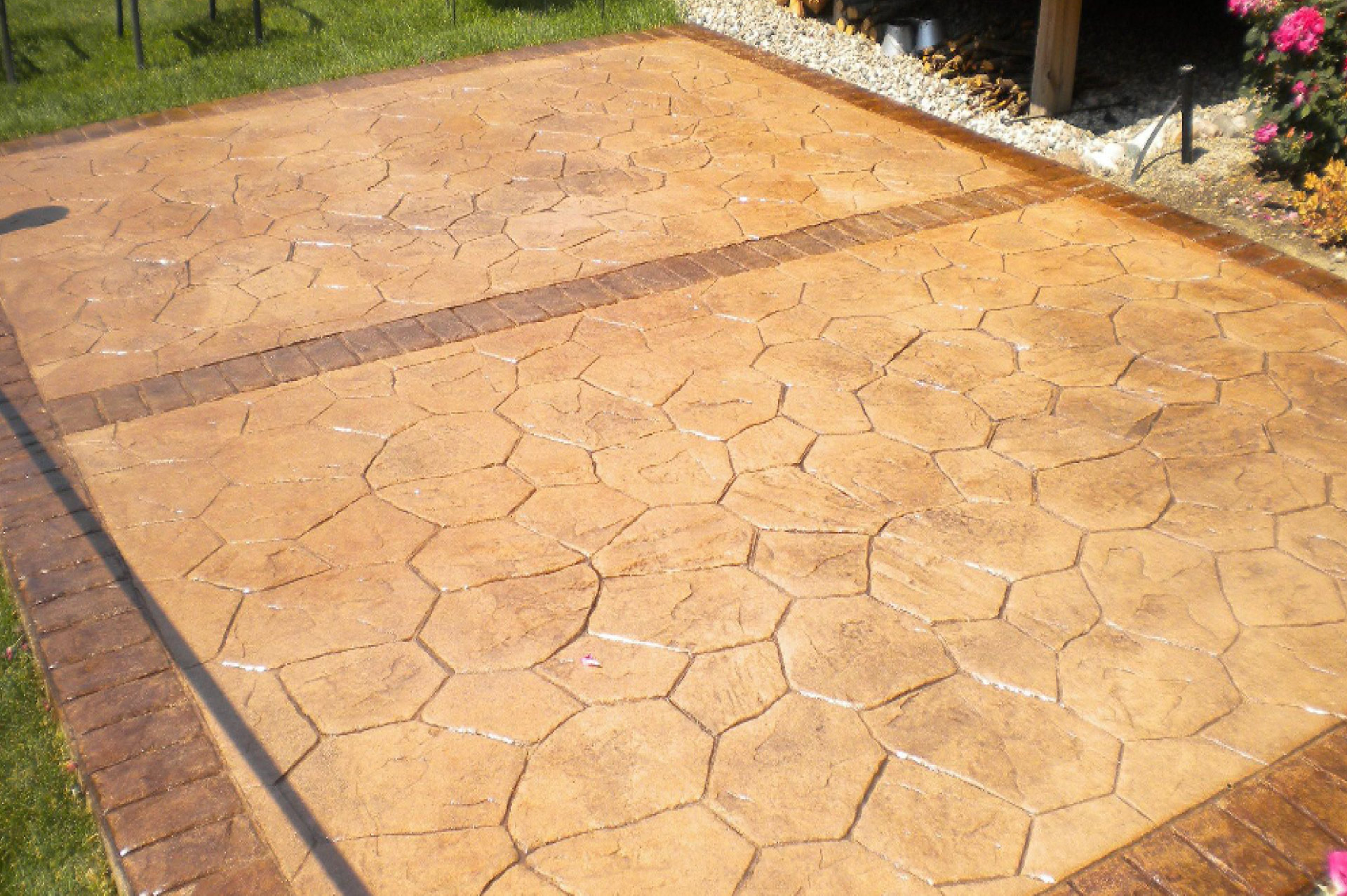 Decorative Concrete Services | Lutzen Construction, Inc.